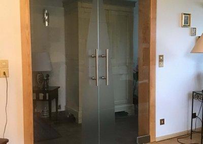 Porte intérieure double sur pivot verre clair + sablage - LOUPERSHOUSE