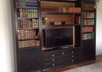 Meuble télévision merisier et laque noire sur mesure