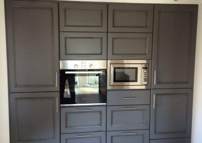 Suite cuisine façade massif laqué mat avec électroménager intégré