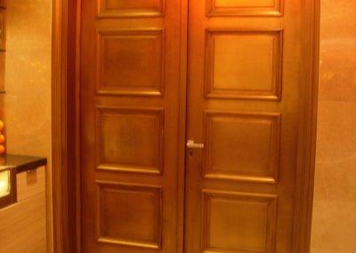 Double porte monumentale, procédé de métallisation cuivre, patinée, vieillie.
